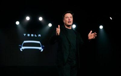 Илон Маск стал «технокоролем Tesla»